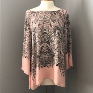 Rose & Olive Tops - Rose & Olive Pink and Gray Top